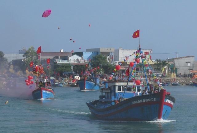 Tuyển chọn tổ chức, cá nhân hiến kế phát triển du lịch biển đảo Quảng Ngãi