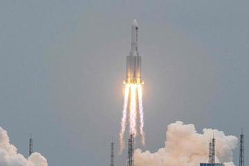 Trung Quốc bị chỉ trích thiếu minh bạch thông tin về mảnh vỡ tên lửa rơi trở lại Trái đất