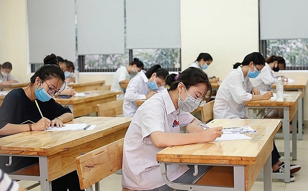 Phương án thi vào lớp 10 và thi tốt nghiệp THPT 2021 trong điều kiện dịch bệnh thế nào?
