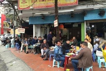 Hà Nội: Xem xét tạm dừng các quán bia hơi