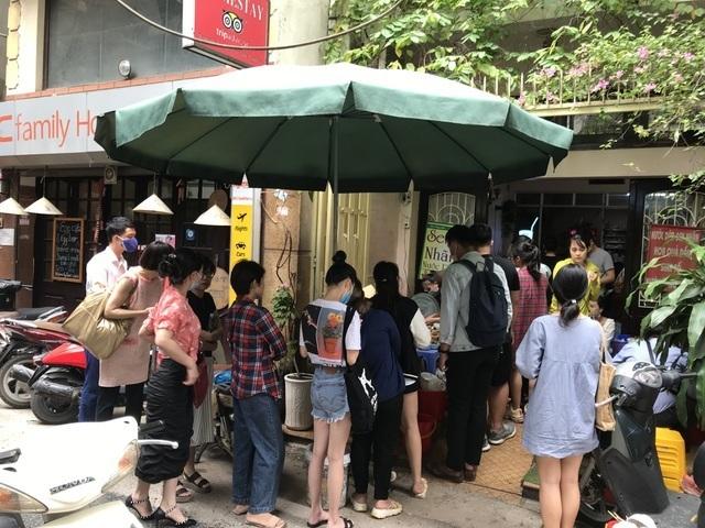 Không giãn cách, Hà Nội cấm tụ tập quá 10 người ngoài phạm vi công sở để phòng dịch