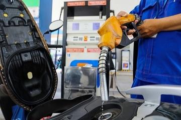 Giá xăng dầu hôm nay 12/5 bao nhiêu tiền 1 lít?