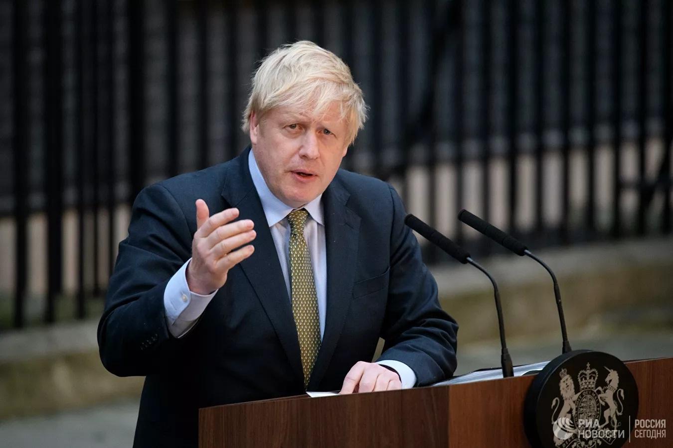 Thủ tướng Anh Boris Johnson bỗng dưng bị tòa án 'đòi nợ'
