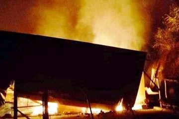 Nghệ An: Nhà sàn của cán bộ xã bốc cháy, thiệt hại hàng trăm triệu đồng