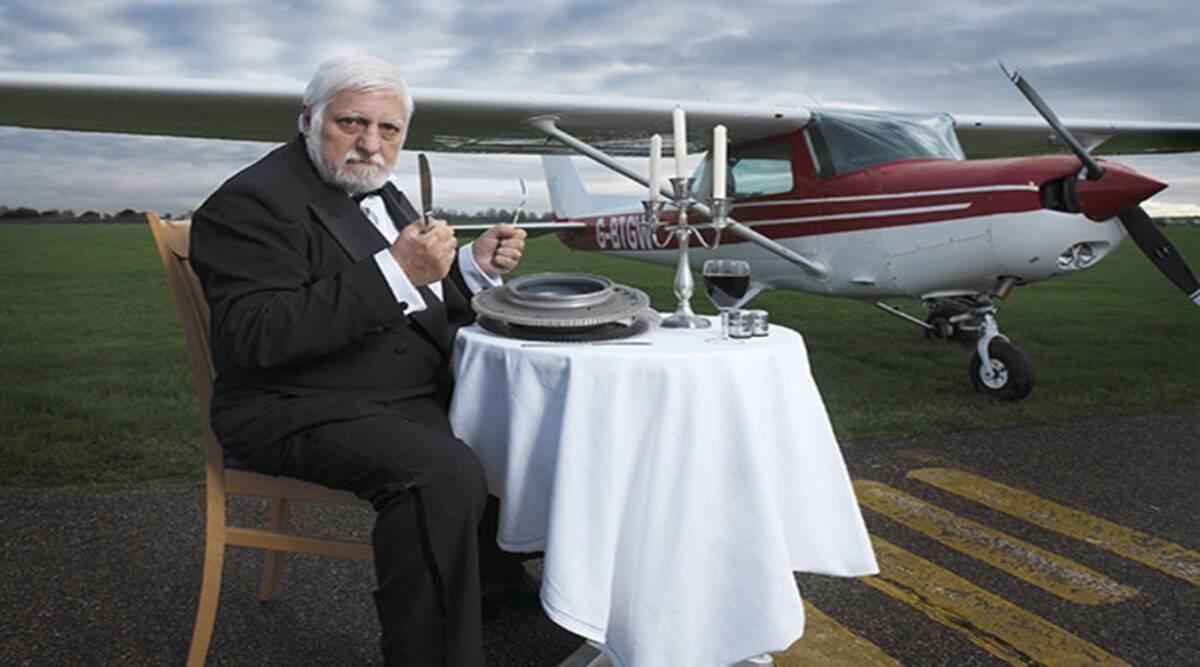 Dị nhân mê ăn kim loại, tiêu hóa hết cả một cái máy bay