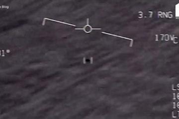 Cựu trung úy Hải quân Mỹ tiết lộ về cuộc 'đụng độ' với UFO