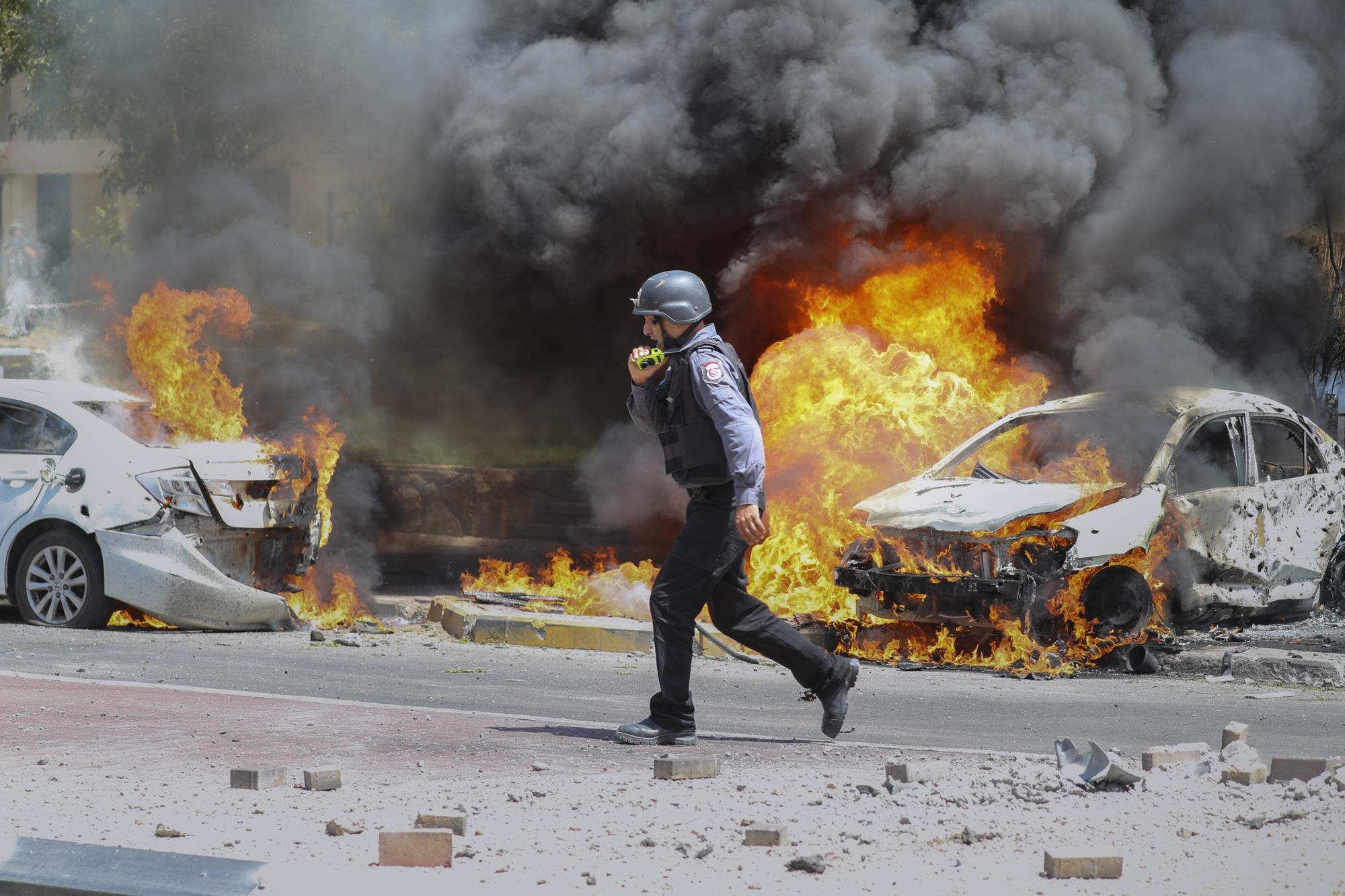 Xung đột Palestine - Israel: Các cuộc pháo kích tiếp tục diễn ra