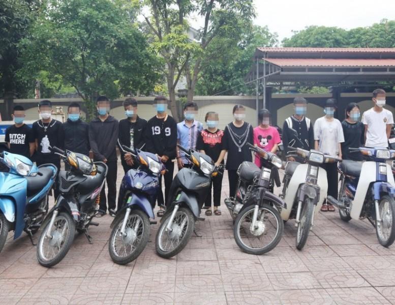 Hà Tĩnh: Lập nhóm Facebook để tổ chức đua xe trái phép, 30 thanh thiếu niên bị triệu tập