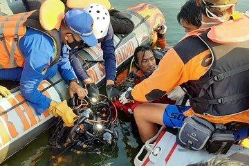 Mải tạo dáng selfie trên thuyền, 7 người mất mạng ở Indonesia