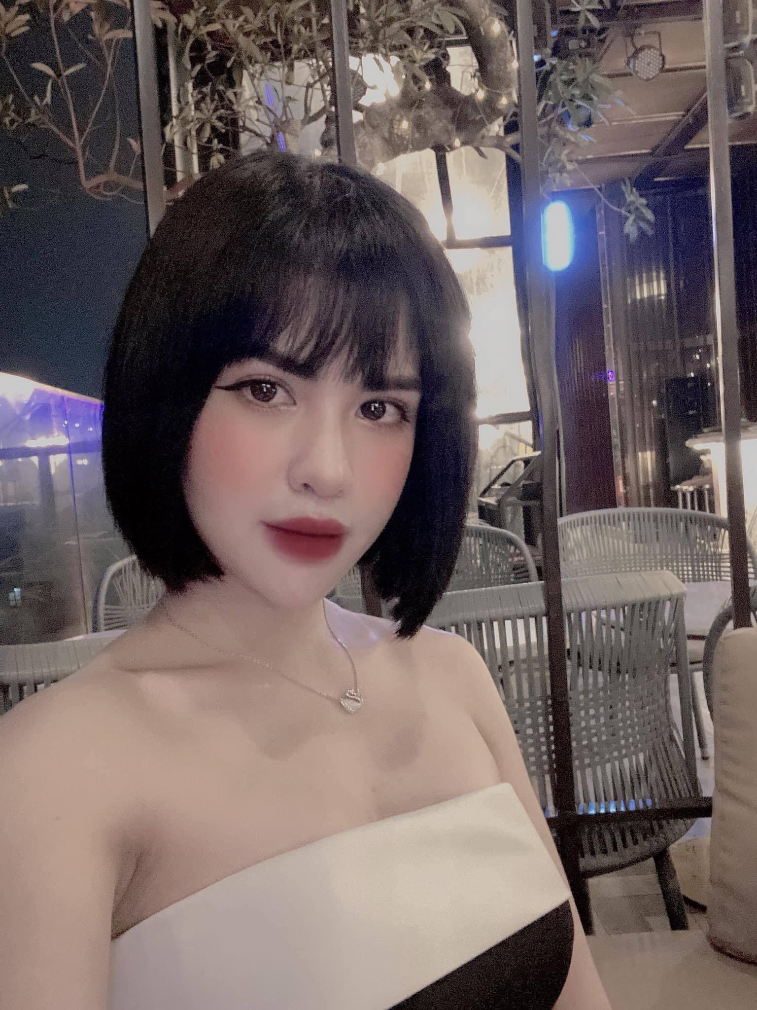 """Hương Trần: 'Cuộc sống mẹ đơn thân không khó như nhiều người vẫn tưởng"""""""