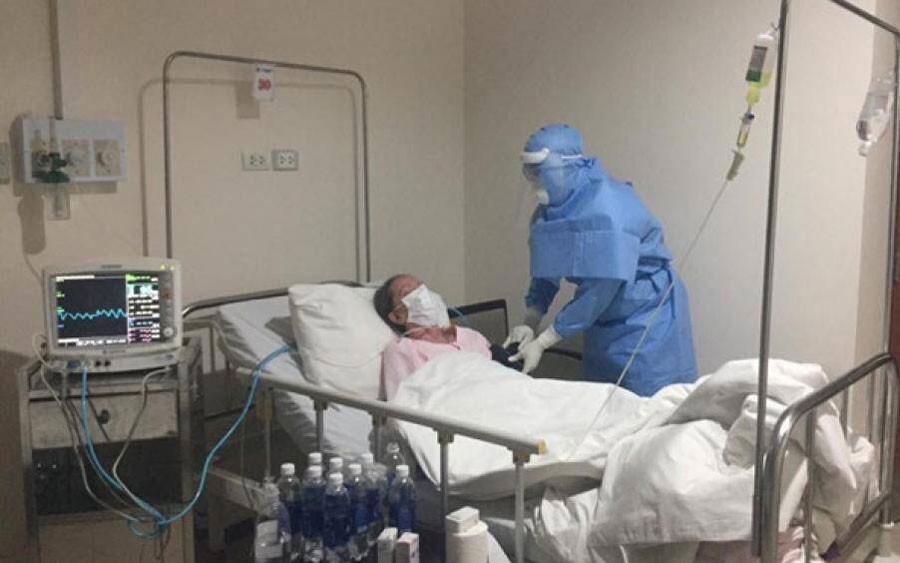 Thai phụ mắc Covid-19 ở Hà Nội rất nặng, có thể phải mổ lấy thai