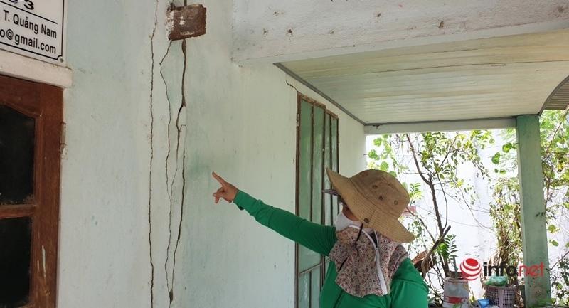 Quảng Nam: Mìn nổ tức ngực, đá lăn ầm ầm, nhà rung chuyển, dân la hét chạy ra đường
