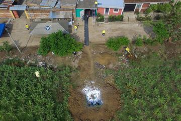 Hàng chục thi thể được tìm thấy ở sân sau nhà cựu cảnh sát El Salvador