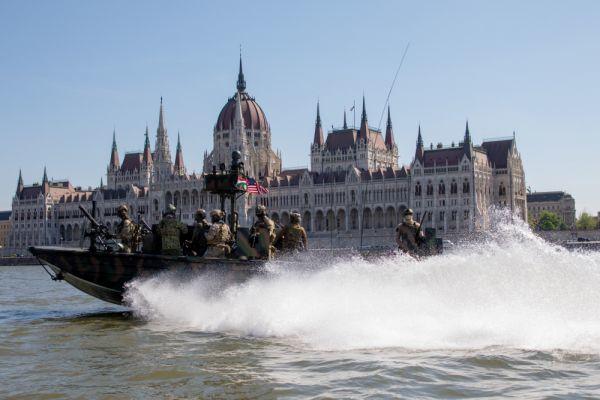 Phản ứng bất ngờ của Nga trước kịch bản đột kích Crimea mà Mỹ và NATO vừa tiết lộ