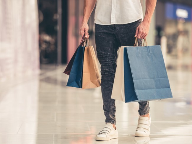 Khoản nợ 2 tỷ 'treo' trên đầu, trăm khoản chi tiêu mà chồng vẫn mải miết mua sắm khiến tôi điên đầu