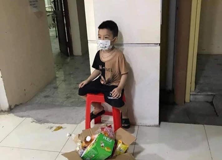 Bắc Giang: 'Bệnh nhân nhỏ tuổi nhập viện một mình' dương tính với SARS-CoV-2