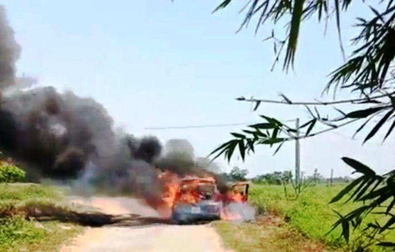 Nghệ An: Xe ô tô cháy rụi, 3 người may mắn thoát nạn
