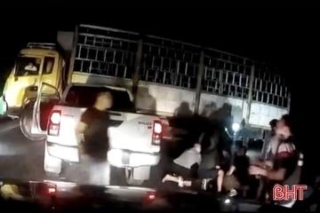 Công an Hà Tĩnh nổ súng vây bắt 2 đối tượng vận chuyển ma túy