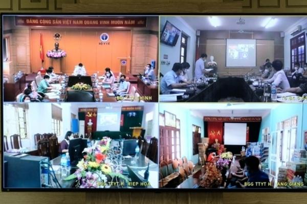 Phát hiện hơn 300 ca dương tính với nCoV ở Bắc Giang, Bộ Y tế họp khẩn