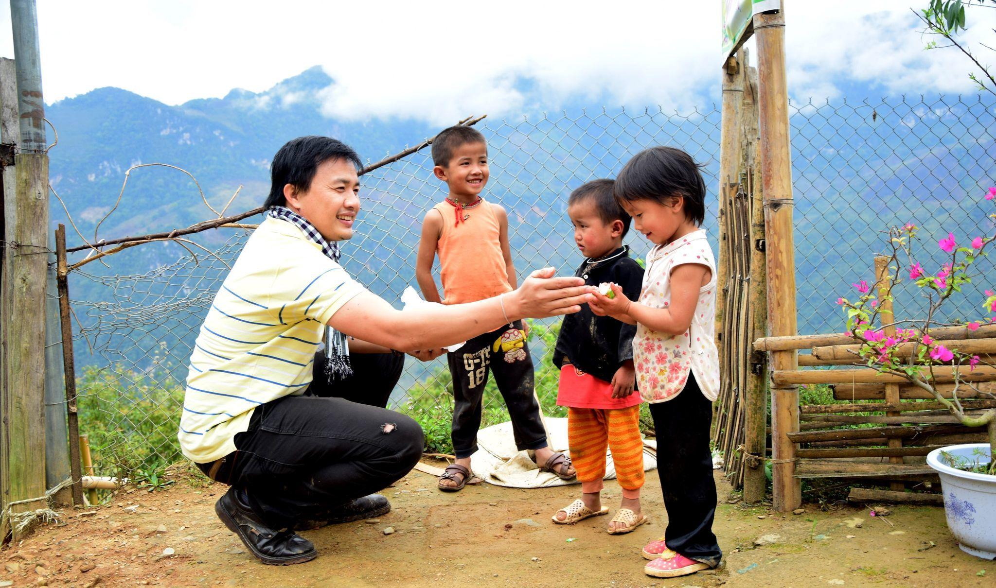 Hoài Linh 'ngâm' 14 tỷ: Không biết tiền đi đâu, người gửi tiền đã sai ngay từ đầu?