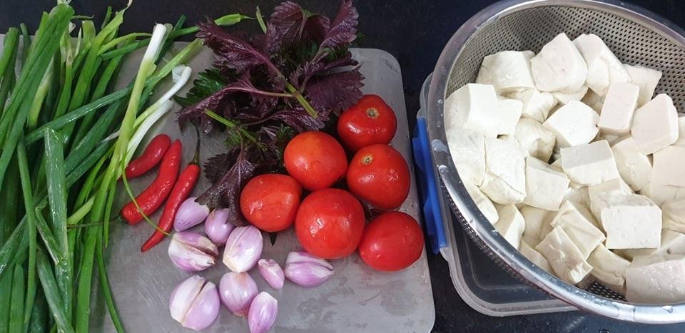 Món ngon mùa hè: Bún ốc chua thanh, giòn dai sần sật
