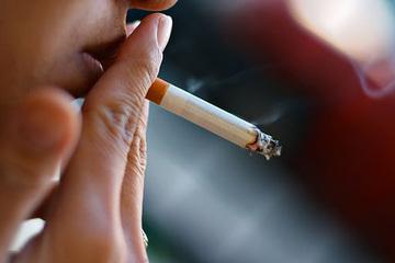 Người hút thuốc lá mắc Covid-19 sẽ nguy hiểm hơn