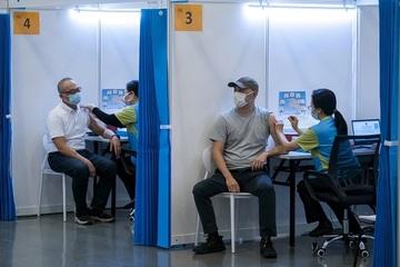 Tặng căn hộ 1,4 triệu USD cho người tiêm vắc-xin Covid-19 ở Hong Kong