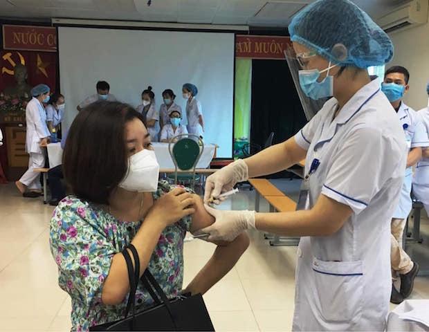 Tiếp tục đàm phán để tiếp cận các nguồn vắc xin phòng chống Covid- 19
