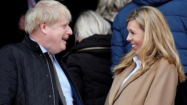 Thủ tướng Anh Johnson đã bí mật kết hôn với vị hôn thê kém 23 tuổi?