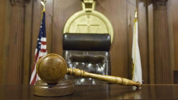 Tòa án Mỹ phạt phi công để lộ 'bộ phận nhạy cảm' trong chuyến bay