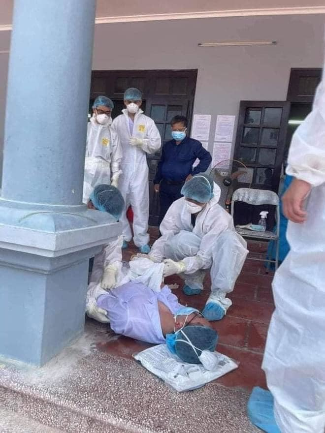 Nguy cơ sốc nhiệt của nhân viên y tế mặc quần áo bảo hộ