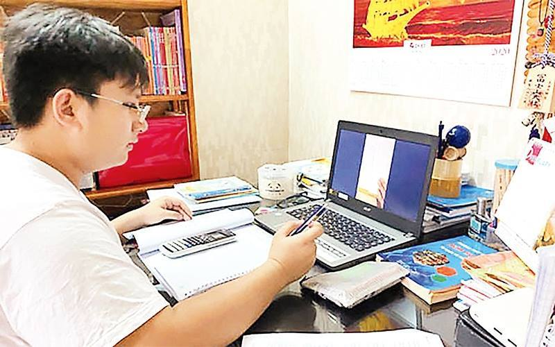 Tuyển sinh lớp 10: Thi trực tuyến + xét tuyển học bạ được không?