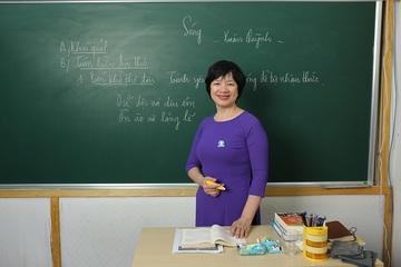 Cô giáo nổi tiếng dạy cách làm đề thi Văn tốt nghiệp THPT phần nghị luận giành điểm cao