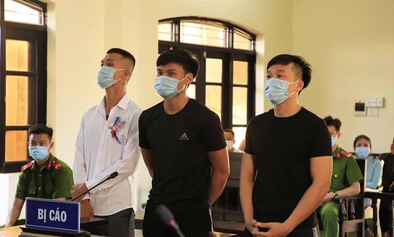 """Quảng Nam: Đánh người, Thắng """"Diễm"""" cùng 2 đàn em lĩnh án tổng cộng 30 tháng tù"""