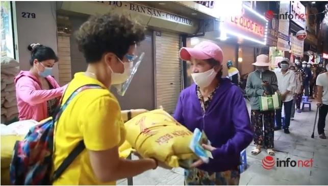 từ thiện,phát gạo,hỗ trợ,Covid-19,0 đồng,người khó khăn,Nguyễn Thị Thành