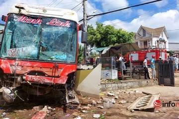 Vụ tai nạn liên hoàn 5 người thương vong ở Đắk Lắk: 2 nạn nhân đang được điều trị tích cực