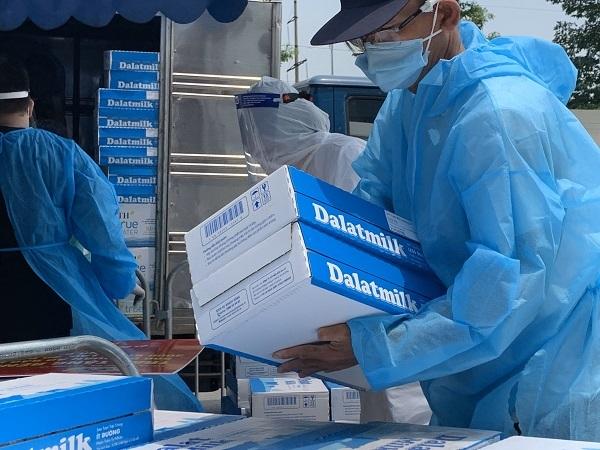 Tập đoàn TH ủng hộ 46 tỷ đồng vào Quỹ vắc xin phòng chống Covid-19