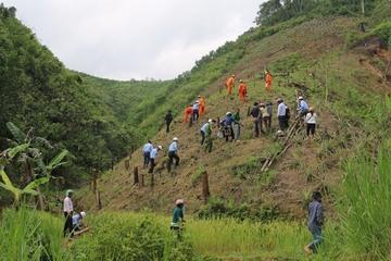 Phát động trồng cây gây rừng tại xã miền núi Quảng Nam