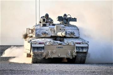 Lục quân Anh 'hối hả' nâng cao năng lực để theo kịp Nga