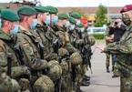 Bi hài chuyện quân đội Đức 'ế' cả kho bia khổng lồ ở Afghanistan