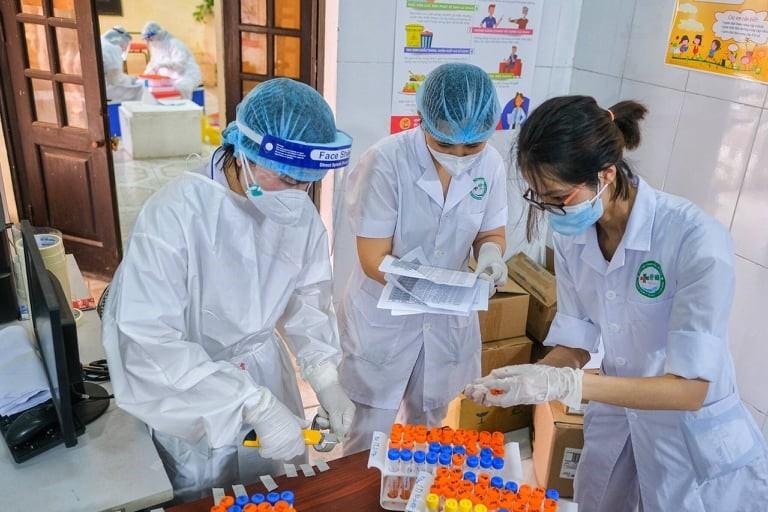 Xét nghiệm - mũi tấn công giúp Bắc Ninh chống dịch hiệu quả