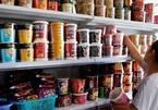 Hai gia đình Đông Nam Á giàu lên bất ngờ nhờ mì ăn liền