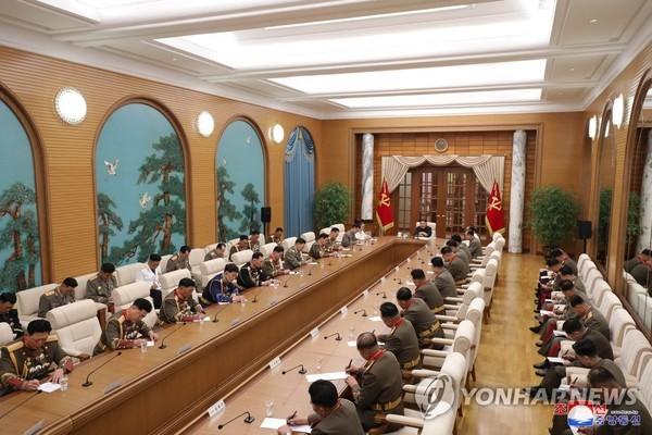 Ông Kim Jong-un muốn tăng cường sức mạnh quân đội Triều Tiên