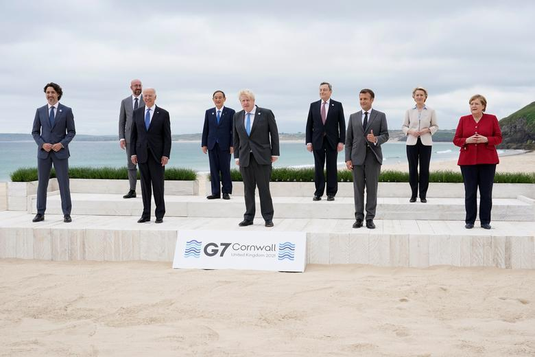 Khoảnh khắc thoải mái của các nhà lãnh đạo bên lề Hội nghị G7 tại Anh