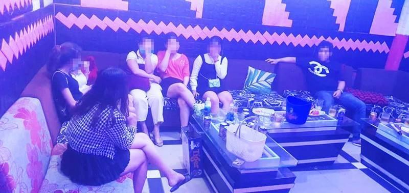 quảng nam,covid-19,karaoke,chống dịch,vi phạm,xử phạt