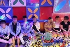 Quảng Nam: Đang có lệnh cấm, nhiều quán karaoke vẫn mở cửa đón khách