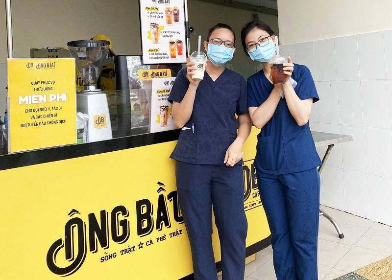 Cà phê Ông Bầu tiếp năng lượng cho các y bác sĩ tuyến đầu chống dịch