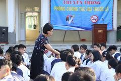 Trường Lômônôxốp xử lý 69 học sinh có sử dụng thuốc lá điện tử