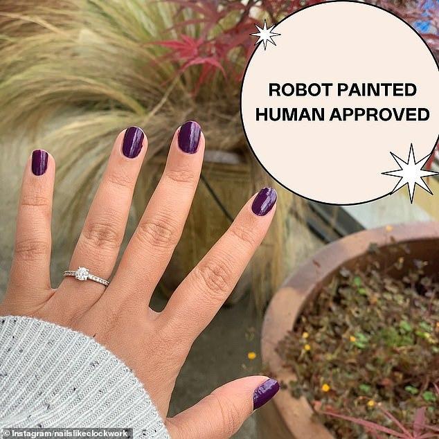 Cận cảnh robot làm móng tay chỉ 10 phút cho kết quả tuyệt vời