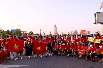 Những hình ảnh ấn tượng trận chung kết bảng G giữa Việt Nam và UAE